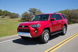 Toyota представила обновленный внедорожник 4Runner