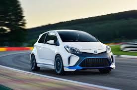 Toyota Yaris Hybrid-R: обзор и характеристики