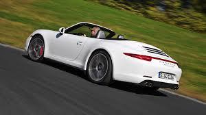 Porsche показал пару быстрых кабриолетов