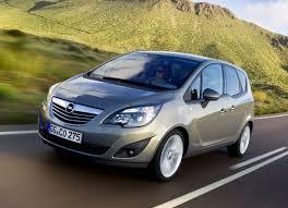 Представлен обновленный компактвэн Opel Meriva