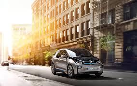 BMW увеличит объем выпуска электрокара i3 из-за высокого спроса