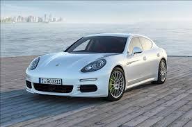 Новое поколение Porsche Panamera знакомится с журналистами
