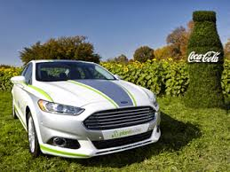 «Форд» создал интерьер седана Fusion с помощью бутылочного пластика