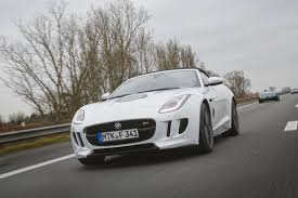 Jaguar F-Type доехал до России