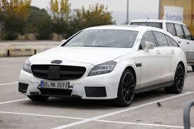 В сети появились фото обновленного Mercedes-Benz CLS