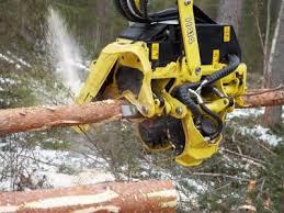 Харвестерная головка - передовой инструмент в лесной промышленности.