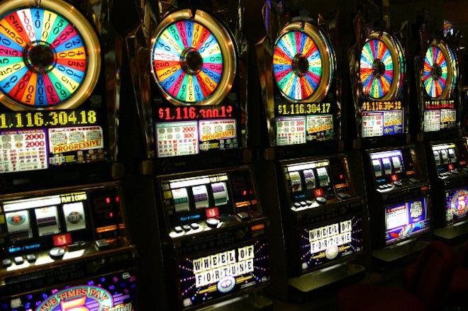 Заходите на сайт казино Мультигаминатор  и забирайте выигрыши