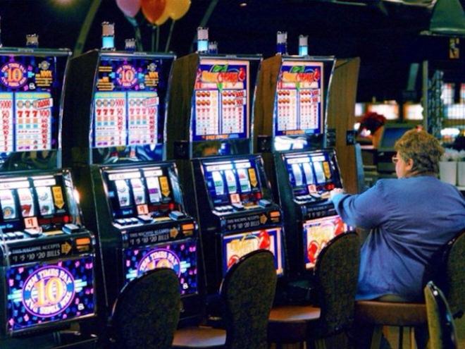 Современные игровые автоматы в зале Адмирал 777